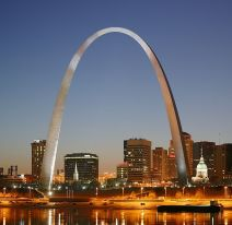 1200px-St_Louis_night_expblend_cropped